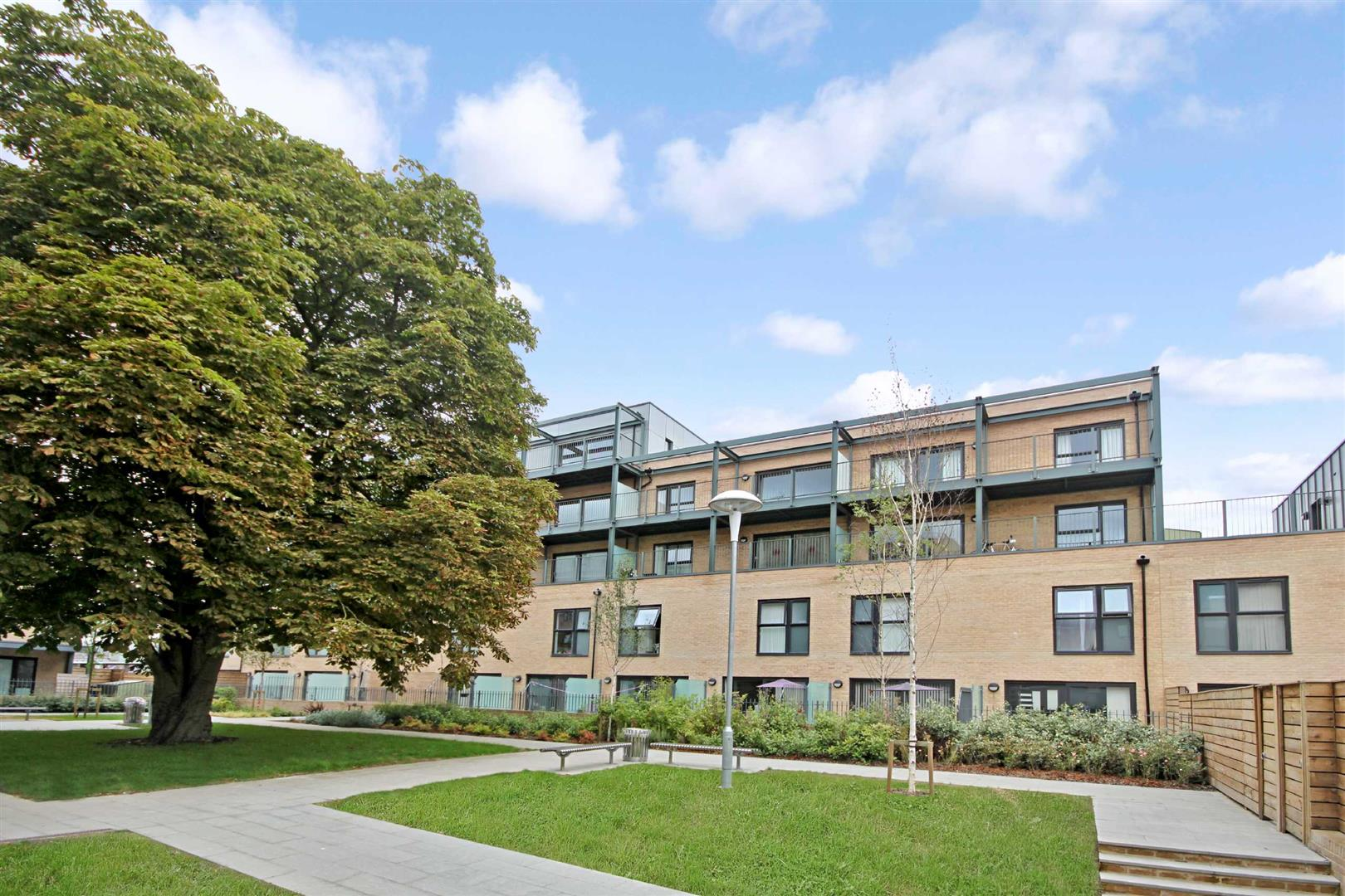1 Bedroom Flat for sale in Flamsteed Close, Cambridge